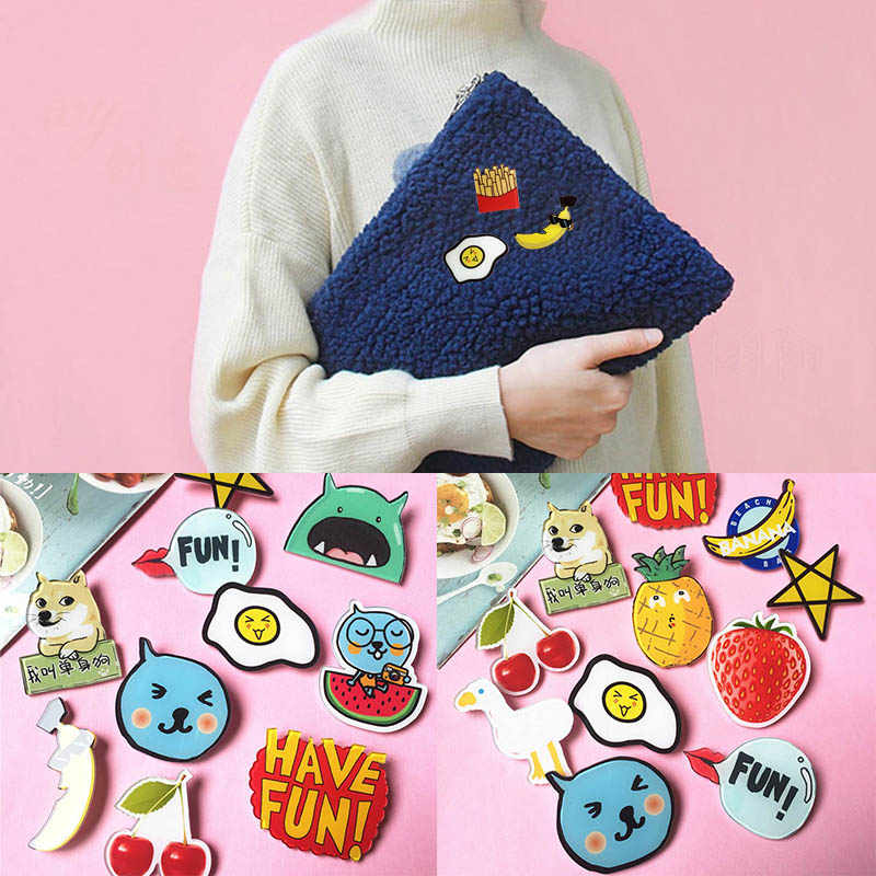 LNRRABC Cute Cartoon Badge Brooches Unisex Girl Acrylic Fashion Clothes Badge Backpack Mini Brooch Anime Icons Badges