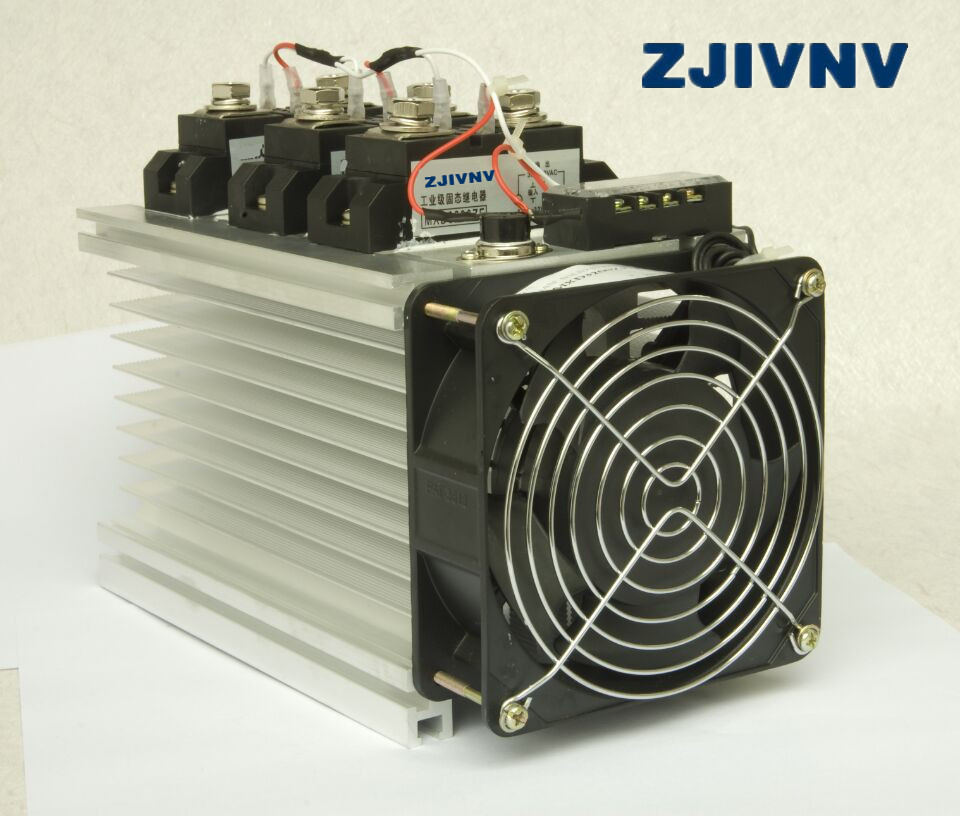 цена на High quality 3PCS 300A Industrial SSR solid state relays DC-AC with heat sink and fan 9-32vdc control 480vac