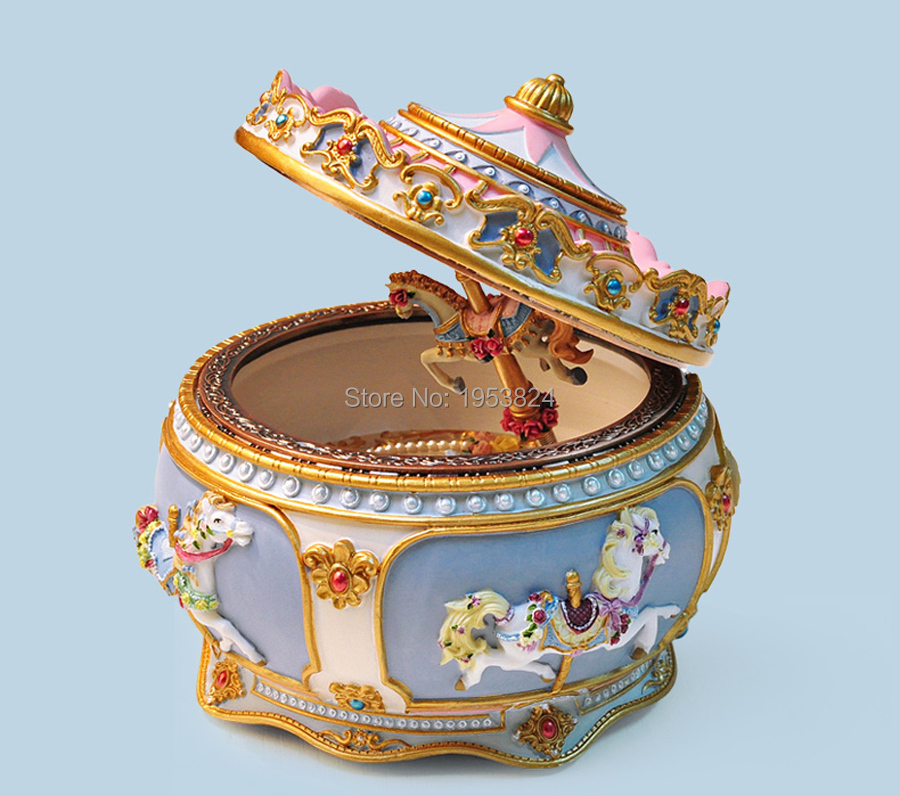 Carousel music box (14).jpg