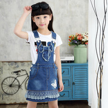 цена 100% Cotton Summer Lace Bottom Denim Overall For Girls Suspenders Overalls With Bow Girls Casual Jeans Denim Strap Belt Overall онлайн в 2017 году