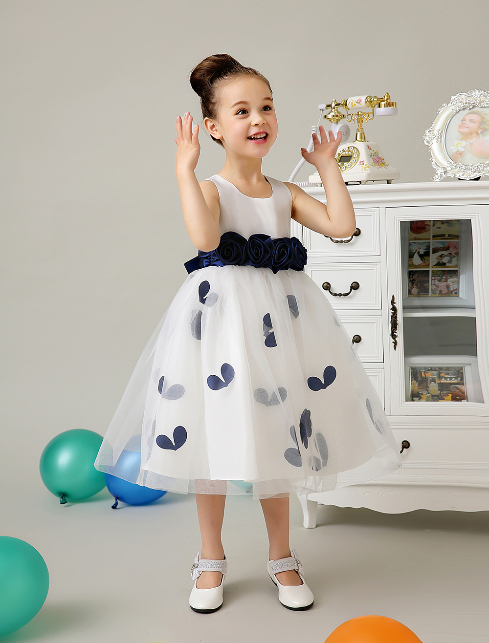 Tulle A line ivory little Girls Dresses with dark blue sash wedding flower girls dresess girls