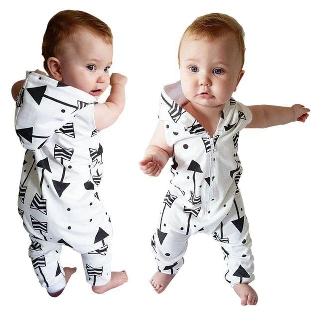 Autumn2017 Cotton Newborn Toddler Baby Boy Clothes sleeveless Hooded Romper  arrow Printed infant zipper Jumpsuit Pajamas 909821155