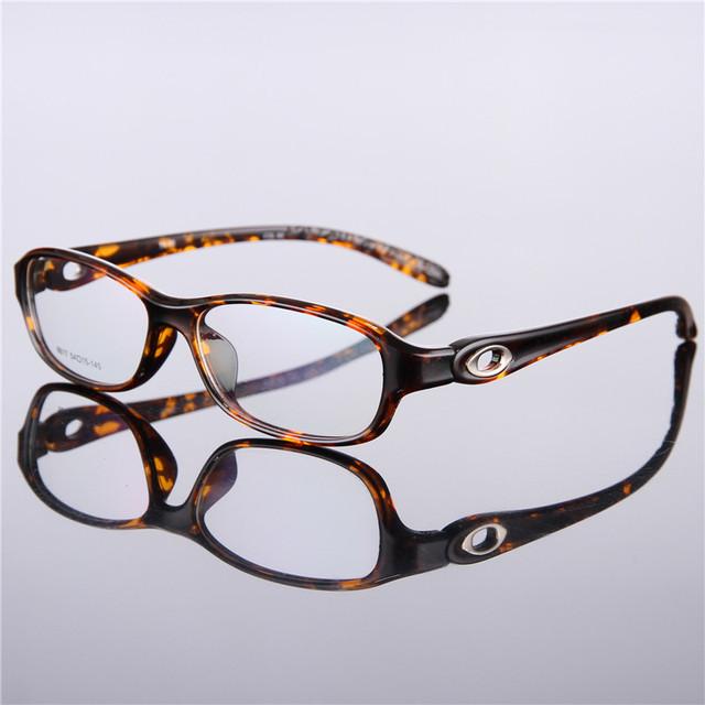 Ultra-leve óculos tr90 quadro óculos de miopia quadro quadrado óculos produto acabado de radiação-resistente simples espelho 8826