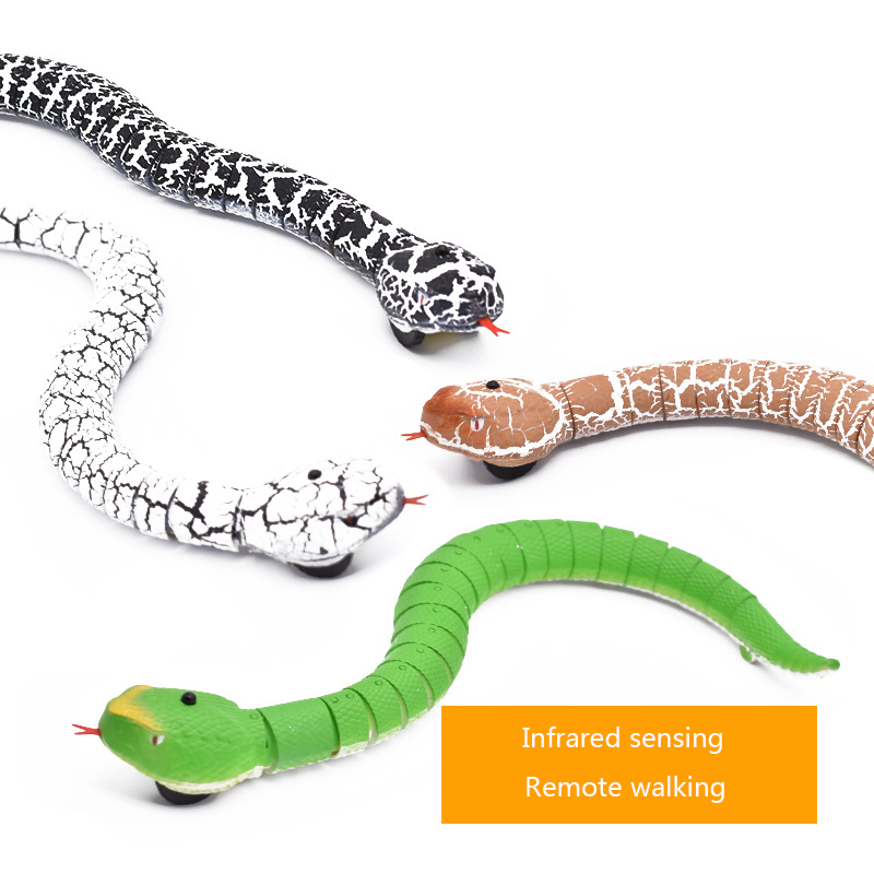 4pcs/Set Novelty Gadgets Jokes Toys Rattle Machine Remote Control Snake Radio Control Toys For Kids Trick Rattlesnake Animal