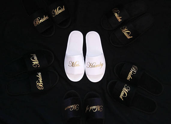 6a852954b9 US $10.11 15% OFF|custom black white wedding bride spa slippers day  bridesmaid hen night Bachelorette party favors gifts-in Party DIY  Decorations from ...