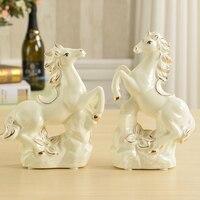 Современный творческий керамические лошадей дома Гостиная Офис ТВ украшение кабинета животного ремесла Резные Свадебные подарки украшени