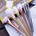 Novo 7 pcs Pincéis de Maquiagem Cosméticos Set Fundação Sombra Em Pó Delineador Lip Brush Tool