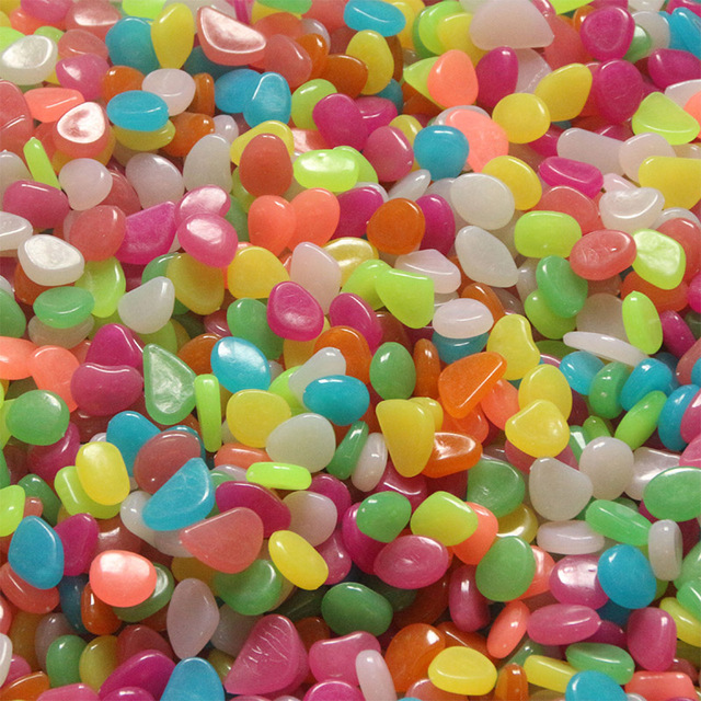 100pcs Mix Color Luminous Stones Glow in Dark Garden Decor Road Outdoor Fish Tank Decoration Pebble Rocks Aquarium H1014