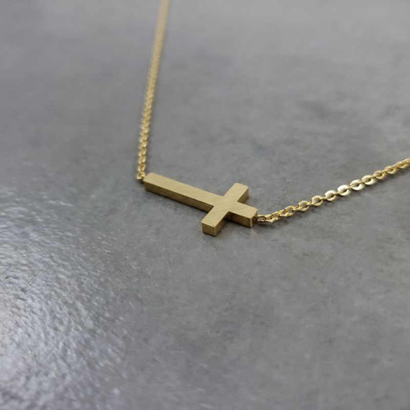 Stainless Steel Corss Charm Gold Color Cross Pendants Necklaces For Women Simple Jewelry Christian Jesus Religious Faith Bijoux