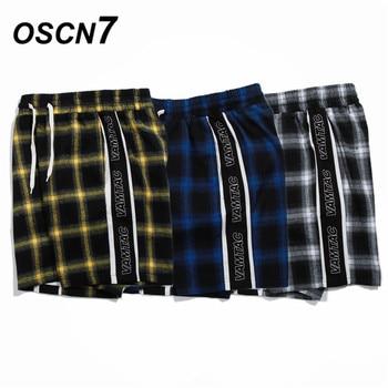37391212d8 OSCN7 Casual Plaid Hip Hop de lado carta impresión pantalones cortos de los  hombres 2019 moda japonesa Streetwear las Bermudas pantalones cortos  hombres ...