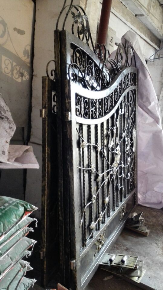 Shanghai China factory producing  wrought Iron gates high quality export to U.S ,model   ...
