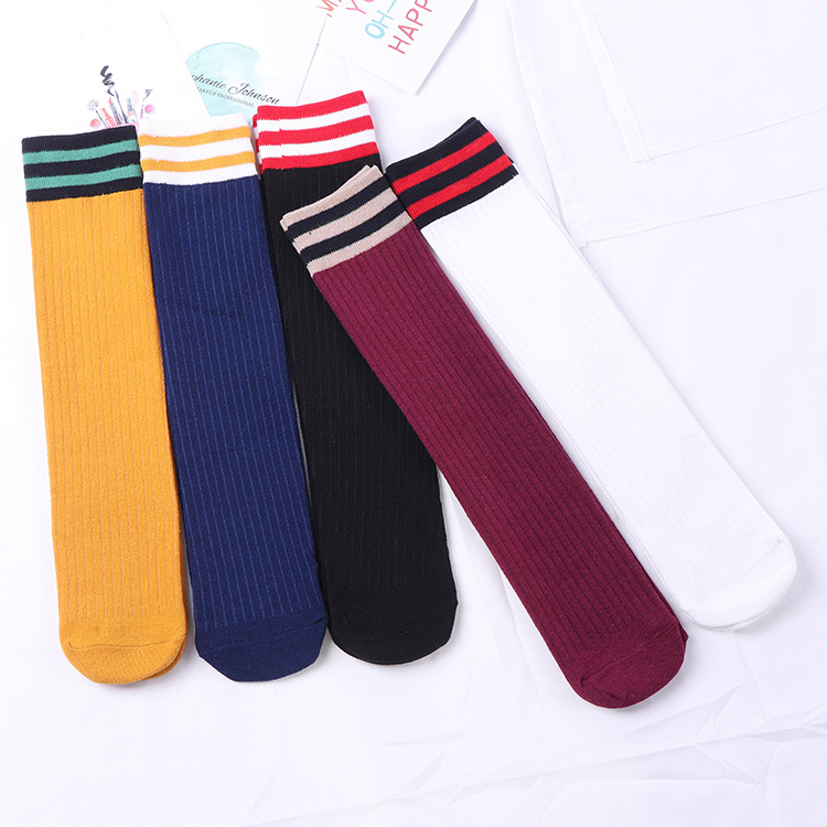 Nueva pila de calcetines en el tubo calcetines algodón dos bar otoño y el invierno doble aguja calcetines sin talón fábrica al por mayor una generación