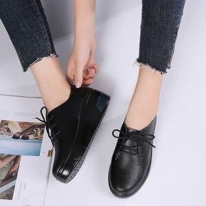 Image 3 - STQ 2020 חורף נשים פלטפורמת סניקרס נעלי גבירותיי עור אמיתי תחרה עד דירות נשים קטיפה פרווה פלטפורמת דירות נעלי 1278