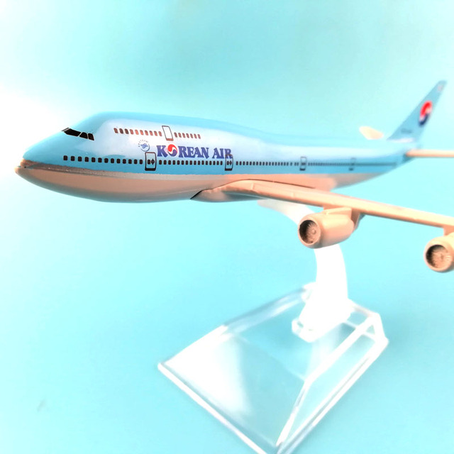 16cm Alloy Metal Airplane Model Korean Air Boeing 747 Airlines Aircraft Airbus 747 Airways kids toys Gift free shipping