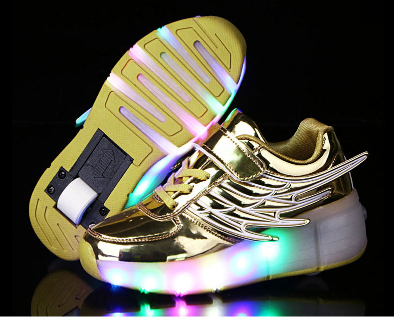 New Kids Black Glowing Sneakers With Wheels Boys Girls Automatic LED Light Roller Skates Shoes Child  tenis de rodinha7