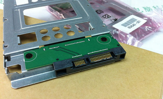 "2.5 ""a 3.5"" Adaptador SAS SATA SSD HDD 654540-001 Bandeja Caddy N54L N40L N36 Envío Gratis"