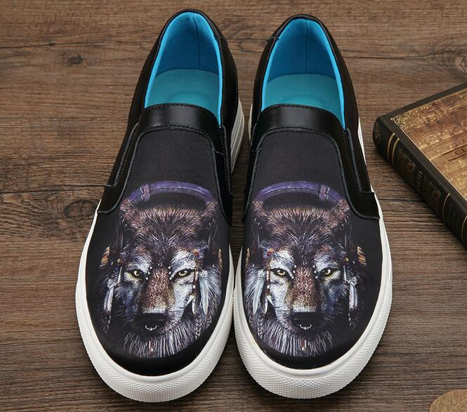3D Wolf Printed Men Canvas Shoes New 2017 Mens Casual Flat Shoes Fire Print Shoes Slip On Loafers Free Shipping b p r d hell on earth volume 8 lake of fire