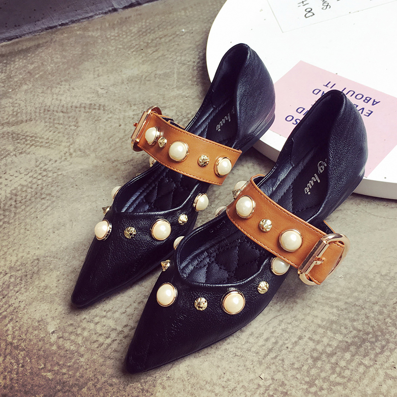 Single shoes female 2017 elegant pearl rhinestone shallow mouth pointed toe flat comfortable soft outsole Moccasins lin king fashion pearl pointed toe women flats shoes new arrive flock casual ladies shoes comfortable shallow mouth single shoes