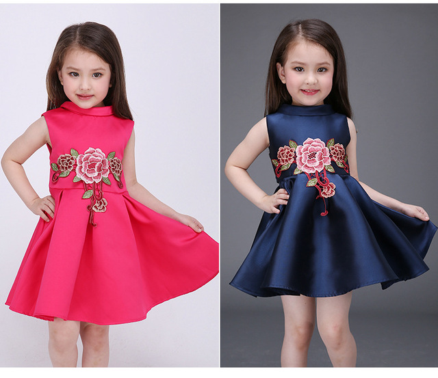 c6bbbd5620a09 US $17.68 |Satin Flower Girl Dress Rose Red embroidery Princess Dress  Wedding Party Dresses for Girls Christmas Style Sweet Kids Dress-in Dresses  from ...
