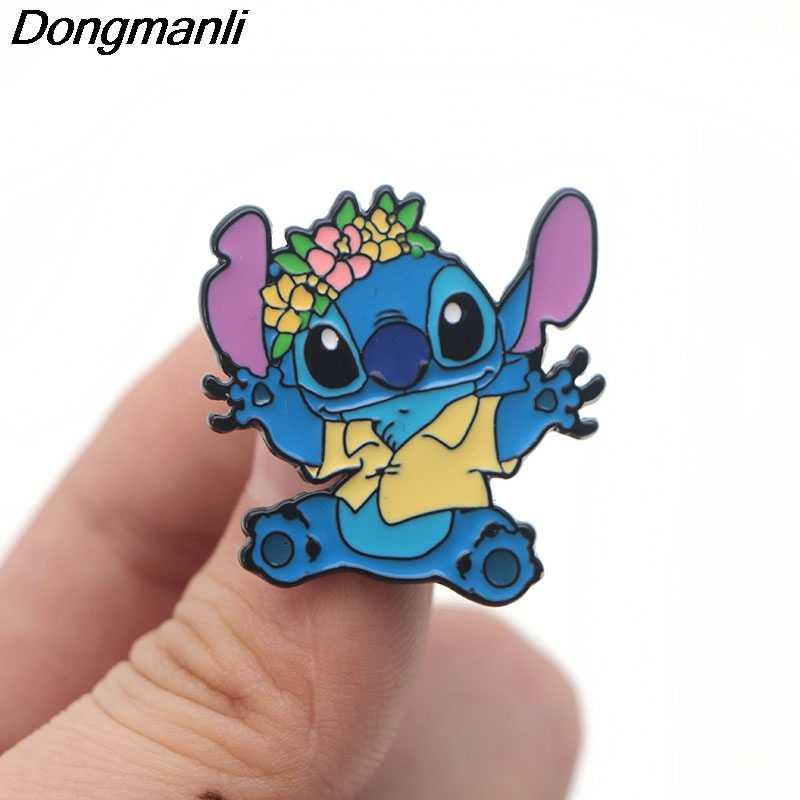 P3402 Dongmanli Stitch Alien Sveglio Dello Smalto del Metallo Spilli e Spille per Le Donne Degli Uomini del Risvolto Spille Borse Zaino Distintivo Per Bambini Regali
