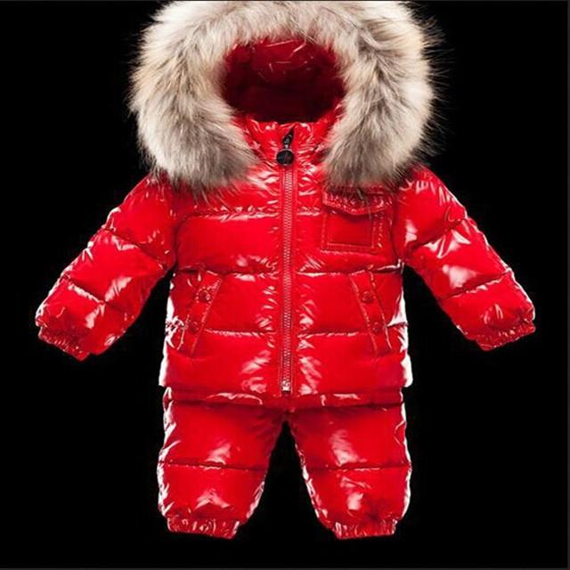 Los niños ropa de invierno cuello de piel de moda de alta calidad del ocio de los niños traje de chaqueta de punto caliente de niños que arropan el sistema