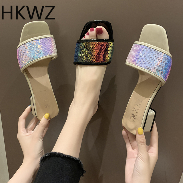 Summer wear with 5cm open toe slippers 2019 brand new word drag non-slip women's wear with bright color sequin sandals H0117