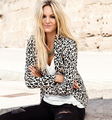 Free shipping 2016 brand new women suit coat for the split decoration in the back leopard blazer