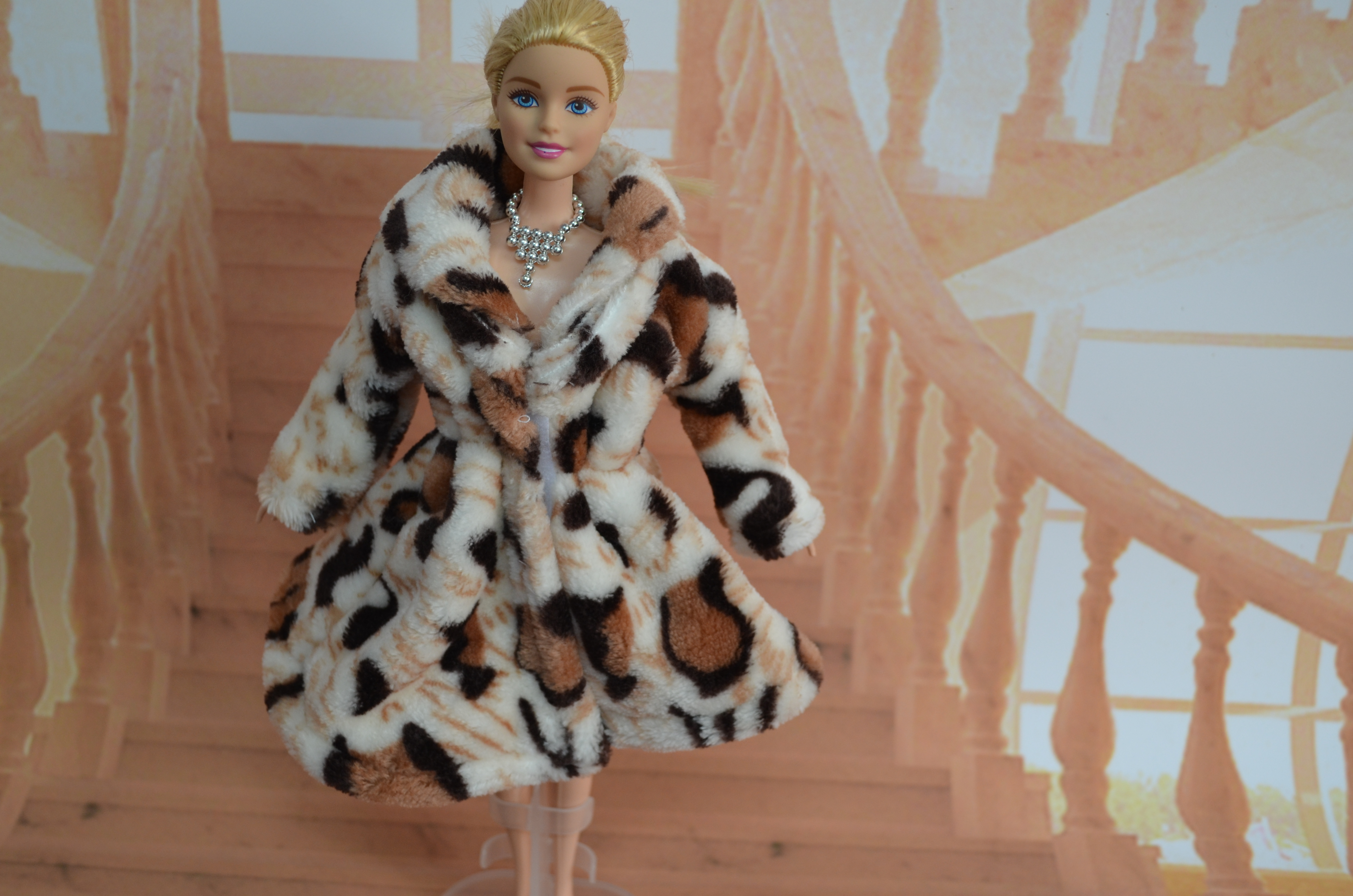 genuine for Barbie doll clothes clothing winter coat black leopard variety of fashion fashionista beautiful clothing accessories