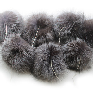 Image 2 - 10 pcs/lot DIY 15cm Soft And Fluffy Silver fox Fur Pom For keychains Knitted Scarf Beanie Cap Hats Genuine Fox fur Pompom