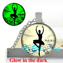 Glowing Jewelry Ballet Dancer Necklace Ballerina Art Pendant Glass Picture Jewelry Glow in The Dark Necklace