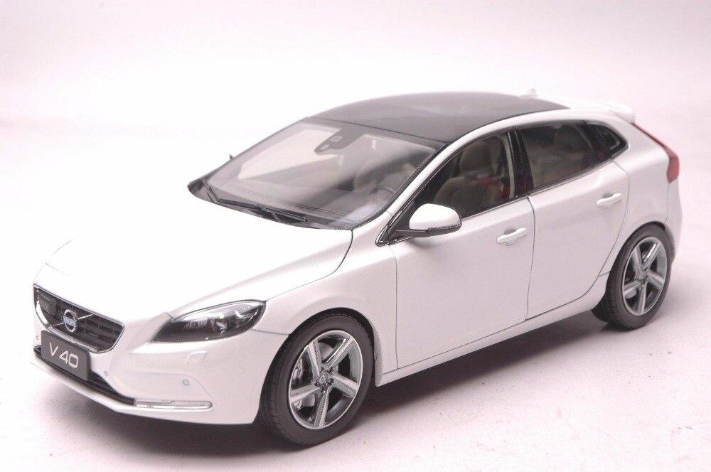 1:18 литья под давлением модели для Volvo V40 2016 Белый внедорожник сплав игрушечный автомобиль миниатюрный коллекция подарки XC 90