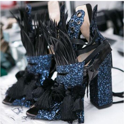 Mode Bling fourrure gladiateur sandales bottes Sexy gland dames talons Chunky bottines plume paillettes tissu moto bottes