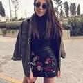 2016 Otoño Invierno Mujer Falda Jupe Ocasional Bordar Cuero De La Pu Falda de Cintura Alta Mini Faldas Negras Clubwear