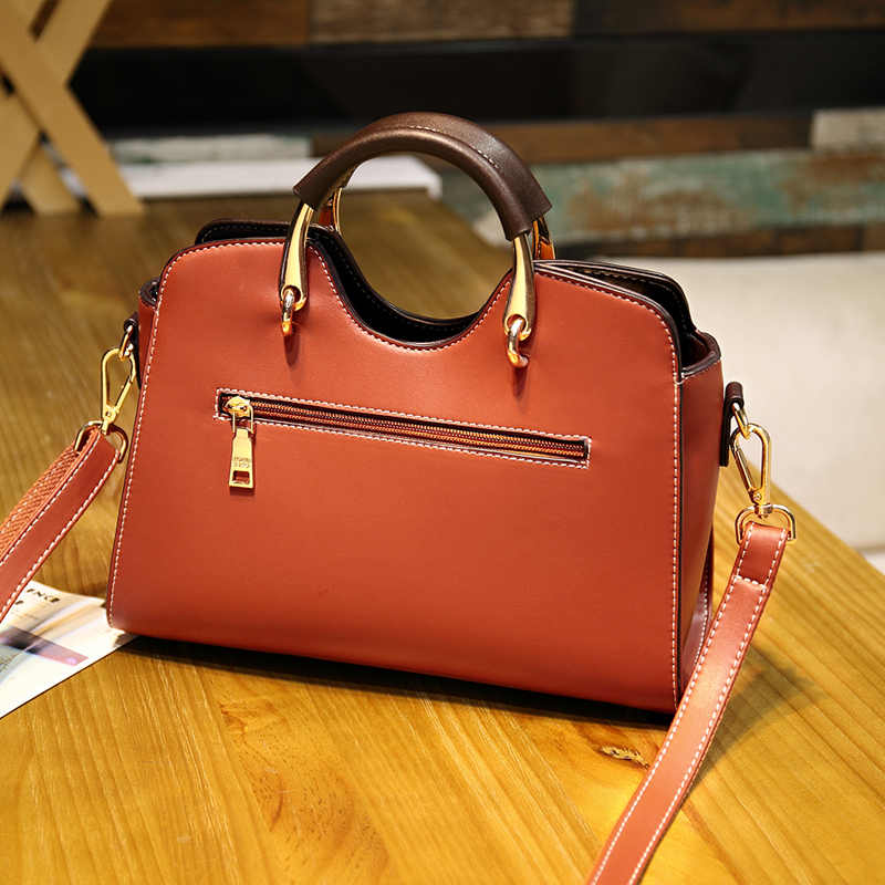 European Fashion New Casual Patent Leather Handbags Ladies Totes Women Leather Handbags Designer Flower Top Handle Bags Sac T53