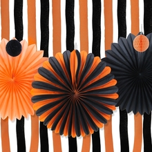 Set of 19 Halloween Decorations Kit Paper Pinwheels Crepe Curtains Streamer Backdrop Party Decor