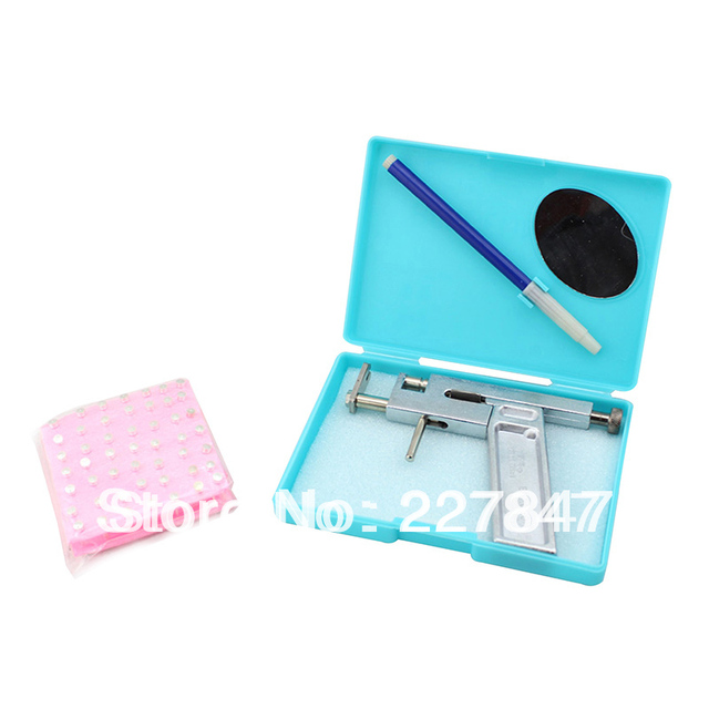 CHUSE Alloy Ear & Nose Tattoo Body Piercing Gun Kit with 98pcs Silver Studs Professional    Microblading  lipliner  Tattooing