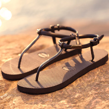 2019 new simple non-slip iron plate flat bottom women flip flops summer student Roman sandals toe sandals and slippers flat toe non slip roman beach sandals