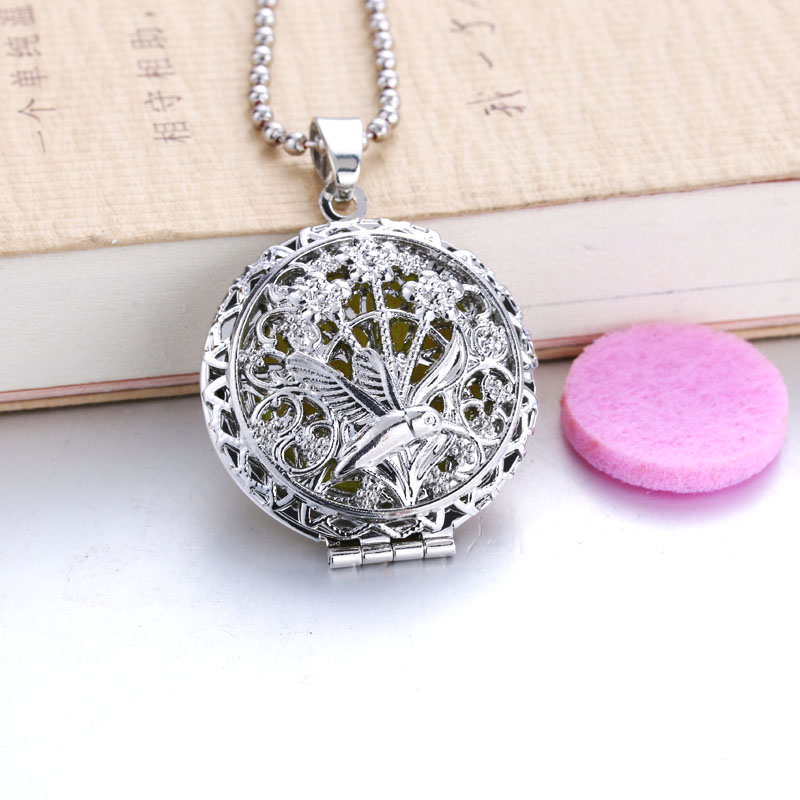 Birds Aroma Diffuser Necklace Open Lockets Pendant Perfume Essential Oil Aromatherapy Locket Necklace With Pads 040904