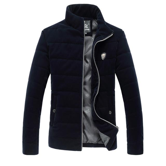 2015 nueva llegada de invierno de algodón acolchado chaqueta de los hombres, color puro de alta calidad abrigo, plus-size, envío libre TAMAÑO M