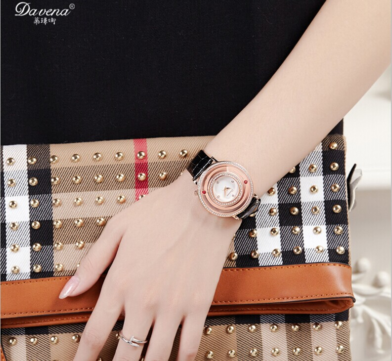 Vogue Girls Big Size Multi Frames Crystal Watches Casual Genuine ...