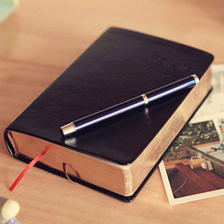 1pc Vintage Thick Paper Notebook Notepad Leather Bible Diary Book Zakka Journals Agenda Planner Random color zakka