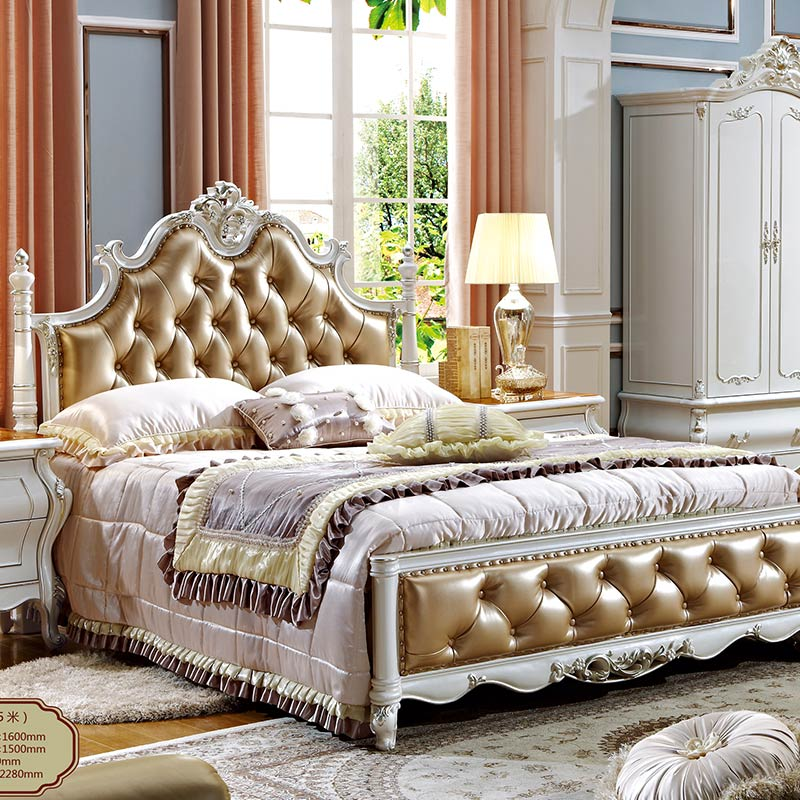 Caledonian Victorian Inspired Antique Brown Poster Canopy Bed