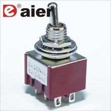 100PCS 6A 125VAC Mini Toggle Switch 6 มม.3A 250VAC 6PIN DPDT ON Latching Pedal กีตาร์ด้วย solder Pin