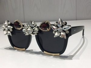 Image 3 - Custom made Crystal Luxury Sunglasses Women Bling Rhinestone Oversize Square Sunglasses Brand glasses Vintage Shades Ladies