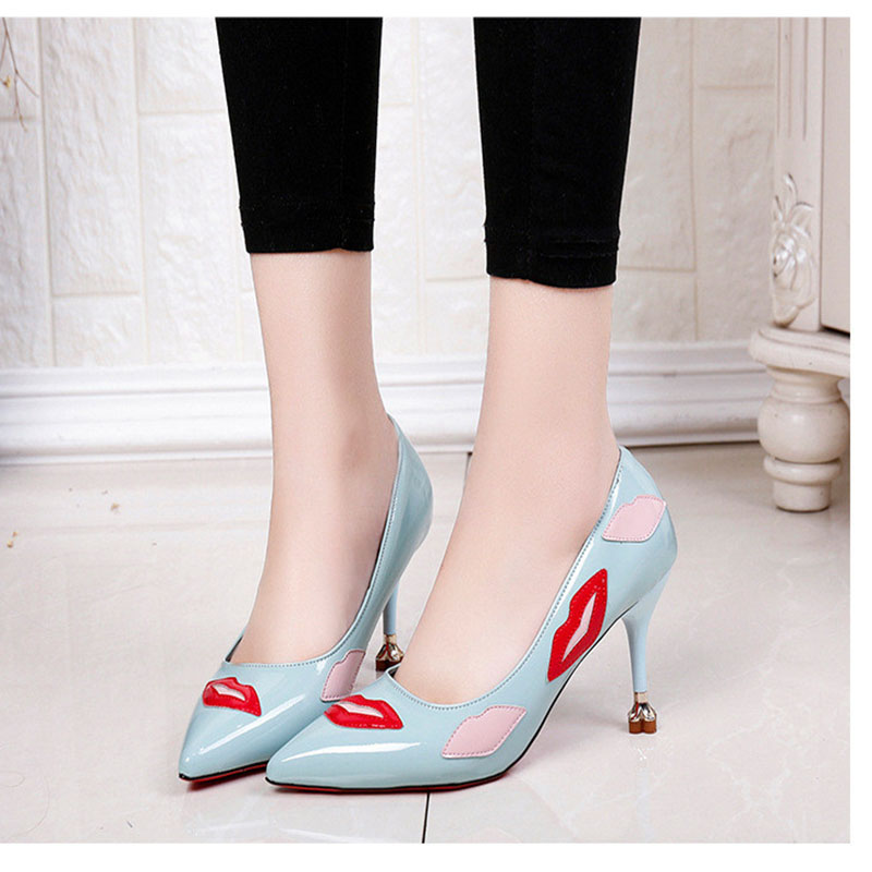4cf417800a US $12.13 21% OFF|Free shipping Women Pumps 2018 style Spring autumn Plum  with Sexy lips printing High heels Sharp pointed shallow single shoes-in ...