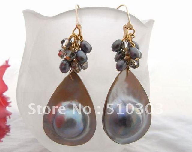 Wonderful!  Natural MaShell Pearl Earrings    free shipment