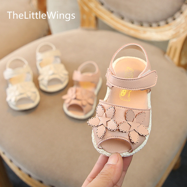 8a7a7b803976 New Korean version of Little Flower Baby Princess Girl s Single Shoes  Baby s Soft Bottom Fish mouth flat sandal 0-1 years old