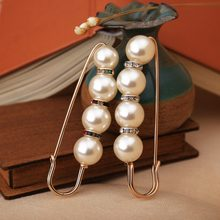 Big Beads 8 Chakra OneckOha Simulated Pearl Brooch Pin Dress Rhinestone Decoration Buckle Pin Jewelry Brooches For Men Women(China)