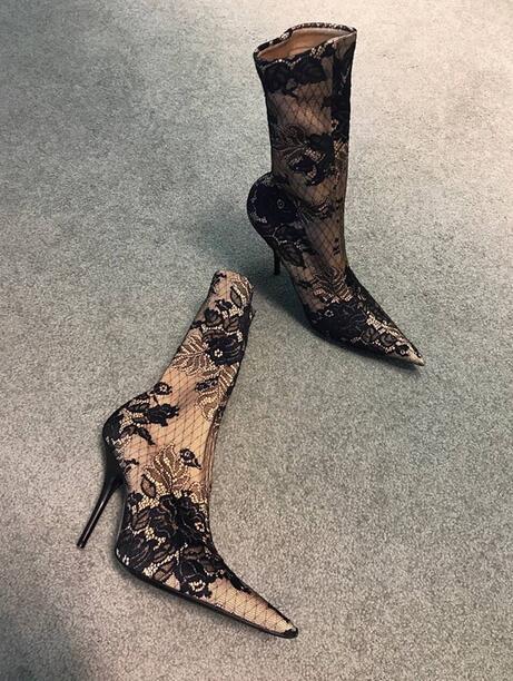 Здесь можно купить  Elegant Flowers Lace Women Fashion Slip On Sock Boots 2018 Newest Ladies Sexy High Heel Boots Pointy Toe Female Party Boots   Обувь