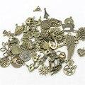 50pattern Mista 50 pcs Encantos Assorted Esculpida Pingentes de Contas Liga de Metal Pandent Chapeado de Bronze Antigo Diy Bead D1082